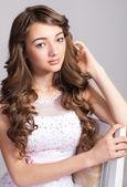 Fotografie mladá žena s make-upem