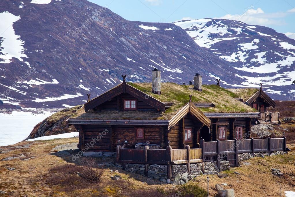 古い木造家屋で、Tyin — ストック写真