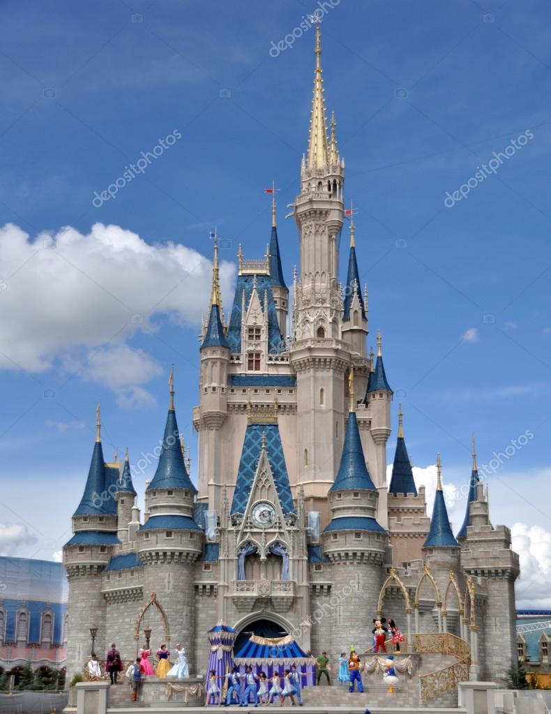 cinderella s castle disney world stock editorial photo
