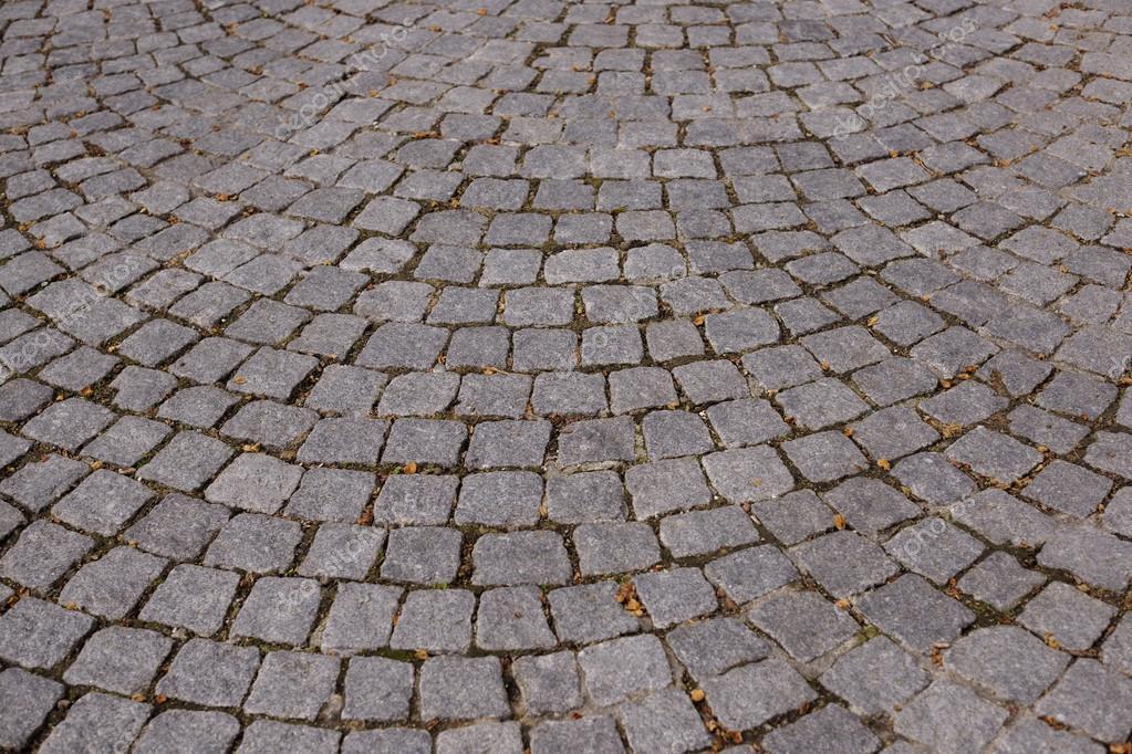 Strada con piastrelle in pietra u foto stock shock