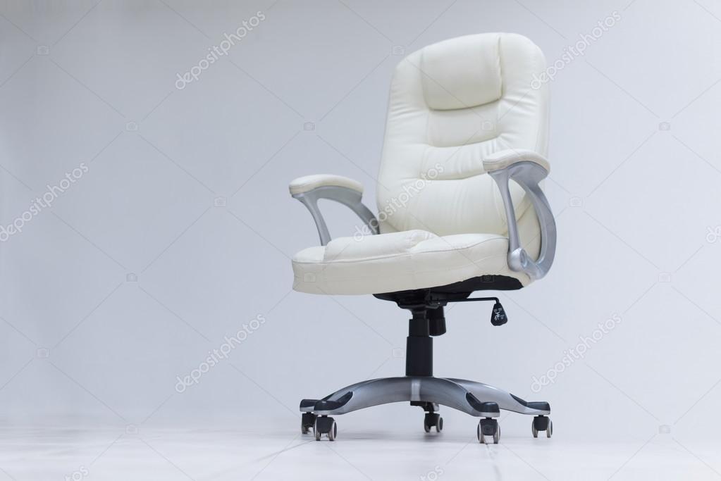 Sedia da ufficio bianca u foto stock shock