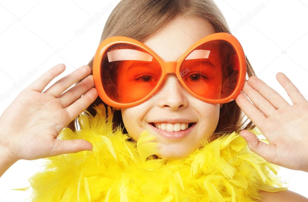 Bambina Con Gli Occhiali Di Carnevale Divertente Arancione U2014 Foto Stock
