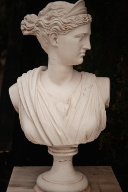 garden statue in greece