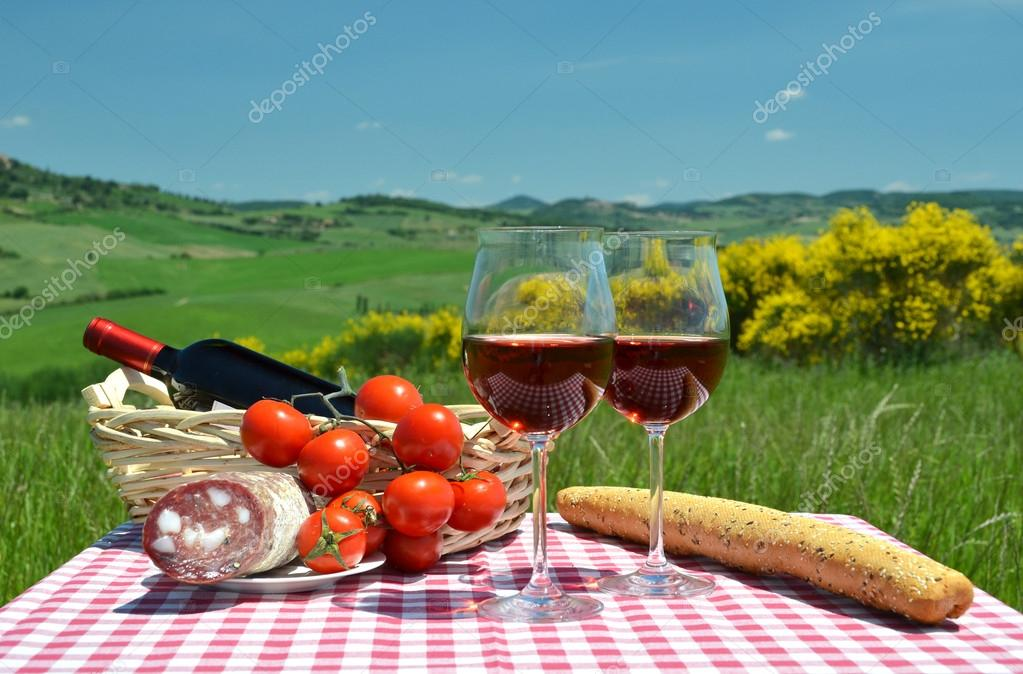 Red wine, bread and tomatos in Tuscan