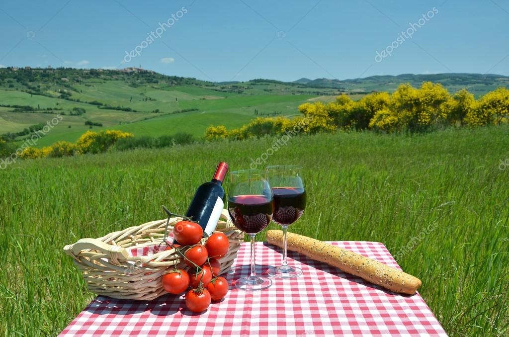 Red wine, bread and tomatoes in Tuscan