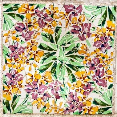 Interesting patterns Mota, Barcelona Park Guell
