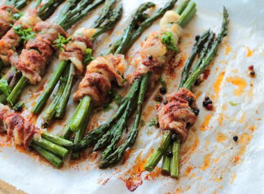 Asparagus rolled in bacon