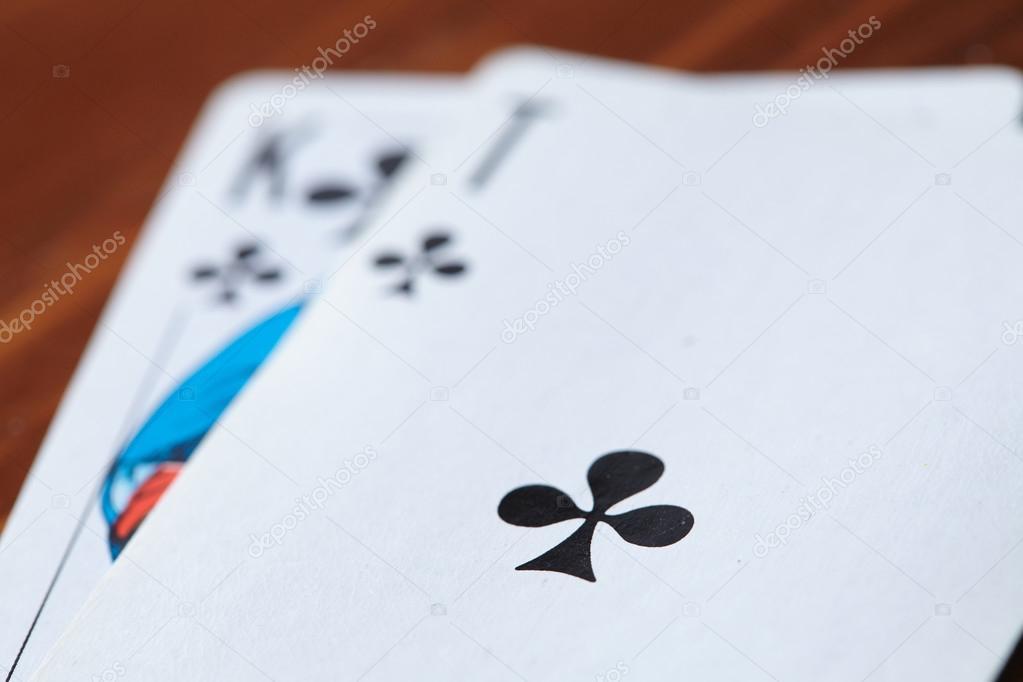 карты играть крупно в