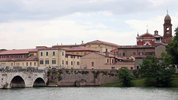 Ponte di Tiberio e Chiesa di Santa Maria dei Servi Rimini