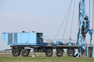 geology and oil exploration mobile drilling rig vehicle