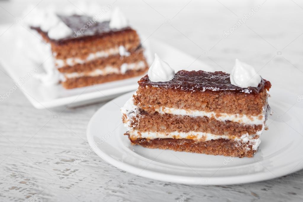 Schokolade Und Pflaumen Marmelade Kuchen Stockfoto C Phillyo77