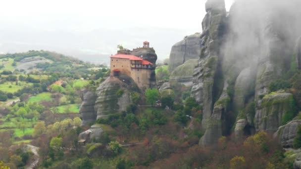 Griechenland. Meteore. Kloster von Saint Nicholas Anapausas. 4k