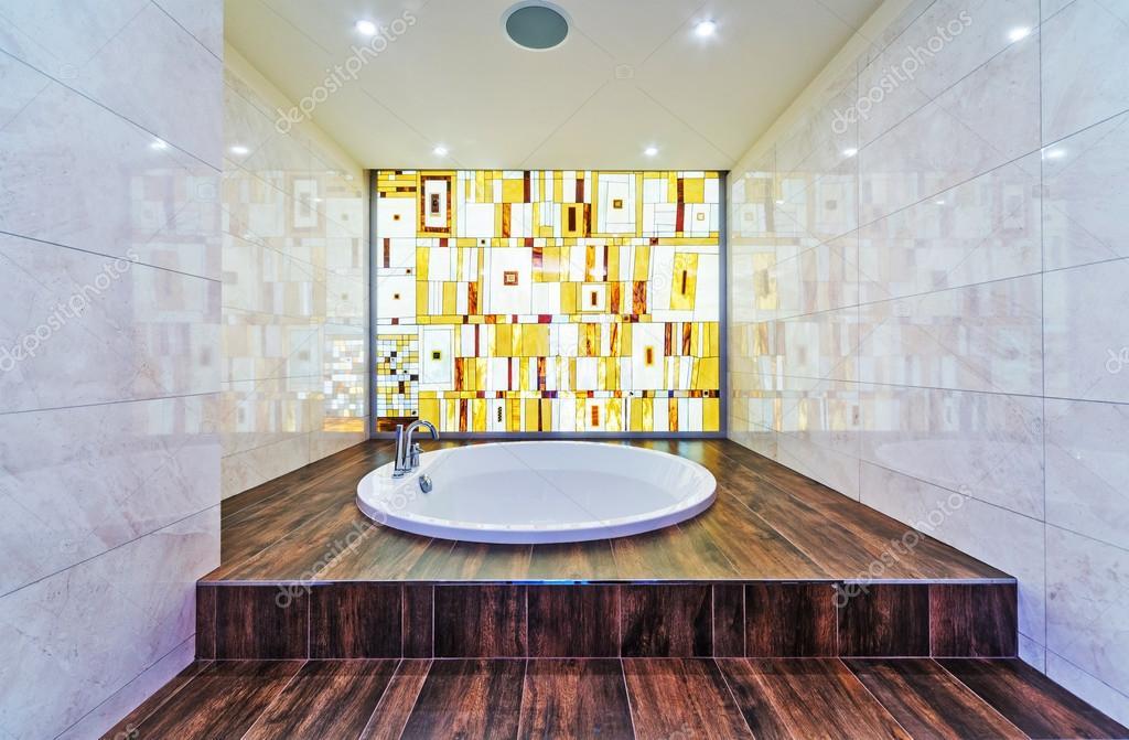 Moderno bagno con mosaici — Foto Stock © baburkina #90867172