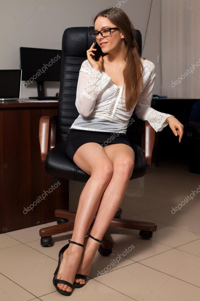 Сексуальные леди в офисе — photo 11