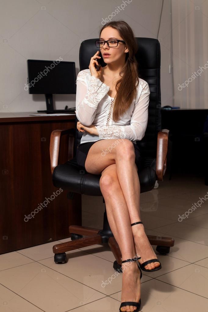 Trabaja de secretaria en la oficina foto de stock for Xxx porno en la oficina