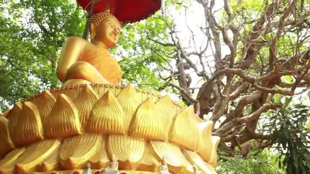 Velká Zlatá socha Buddhy v Thajsku