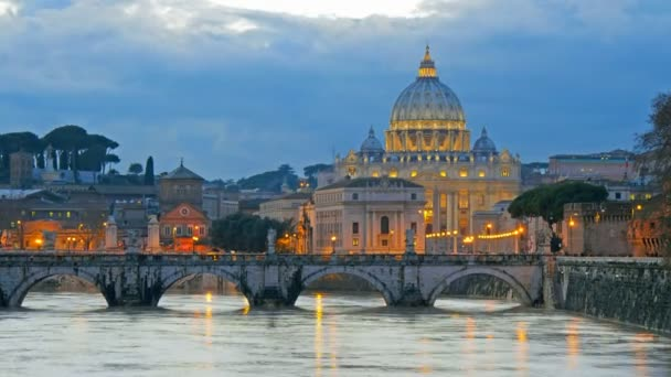 St. Peters Basilica, Ponte Sant Angelo most, Vatikán. Řím, Itálie. Časová prodleva