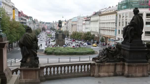 Pohled z kroků národního muzea na Václavském náměstí Václavské náměstí v Praze, Česká republika