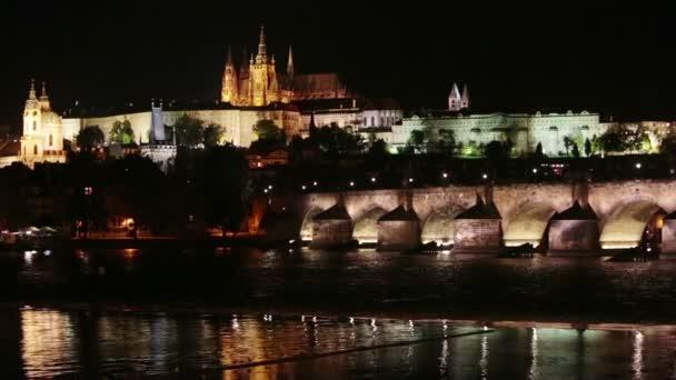 Krásné panoráma Prahy v noci Charles most Karlův Most přes Vltavu