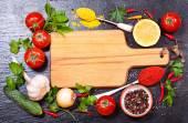 Fotografia ingredienti alimentari per cucinare con la scheda vuota