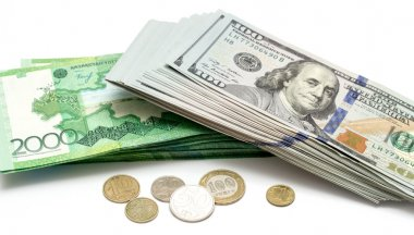 banknotes signs currency