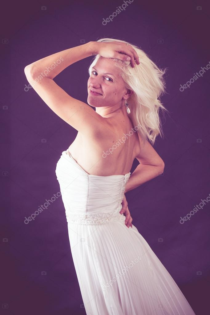 Dorable Vestido De Novia Joanna Krupa Ideas Ornamento Elaboración ...