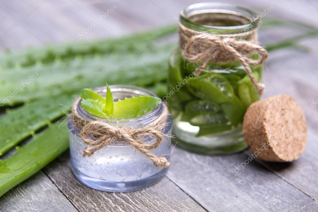 fresh organic aloe vera