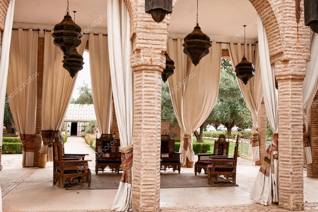 Marokkaanse woonkamer — Stockfoto © luckybusiness #122069898