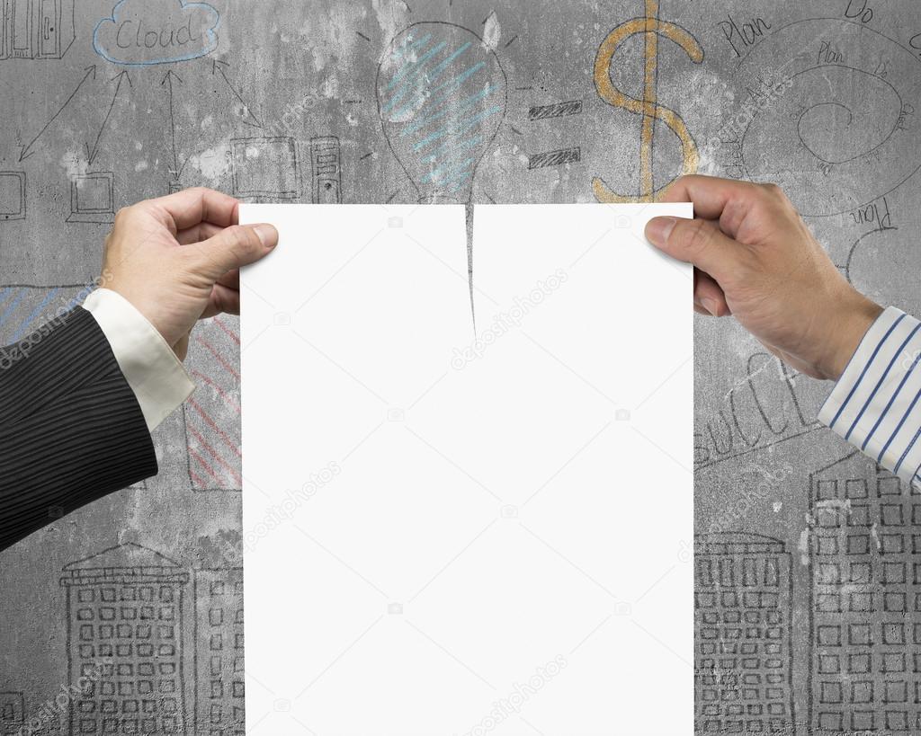 Beiden Händen reißen Vertrag Papier mit blank — Stockfoto © bruesw ...