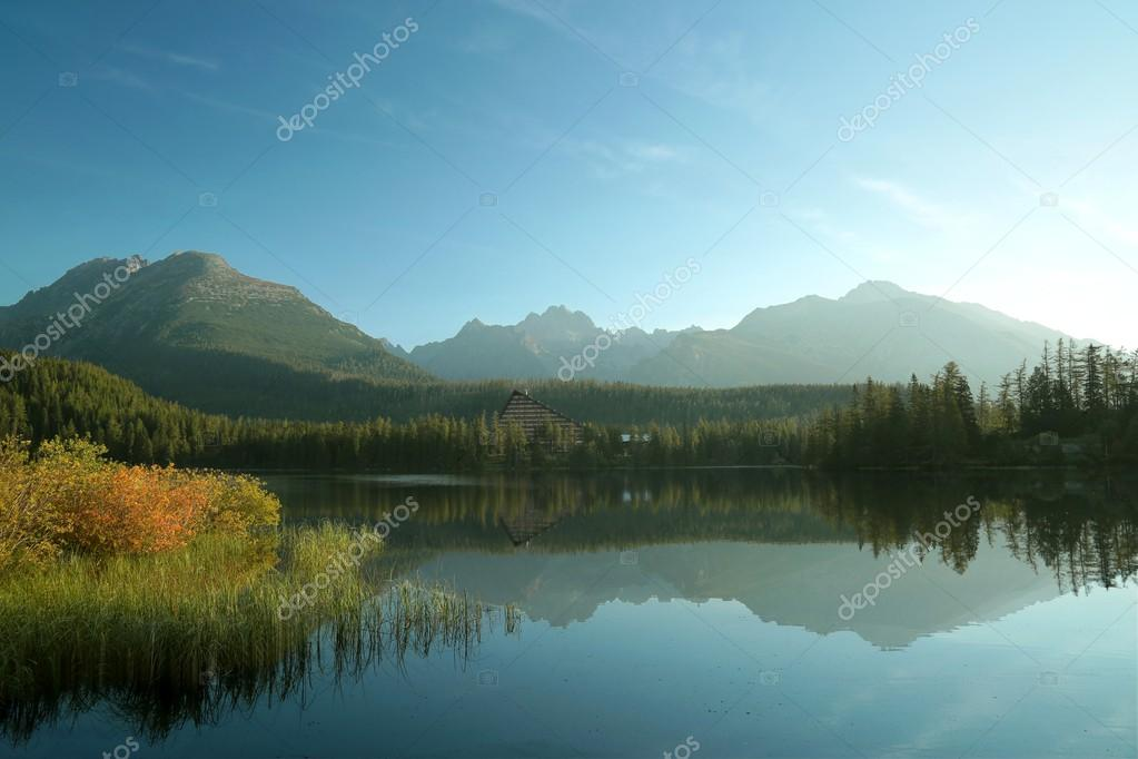 Фотообои Lake in the Tatra mountains in Slovakia
