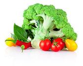 čerstvá syrová zelenina izolovaných na bílém pozadí