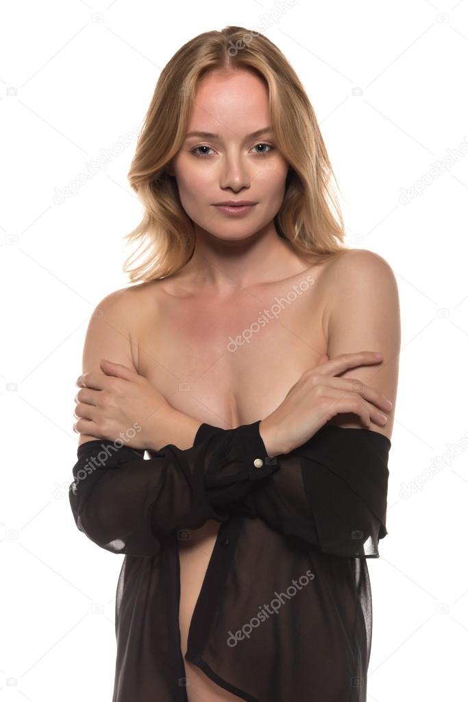 nackt unter bluse