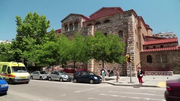 Silničního provozu v blízkosti kostela Hagios Demetrios