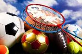 sportovní míče s vybavením
