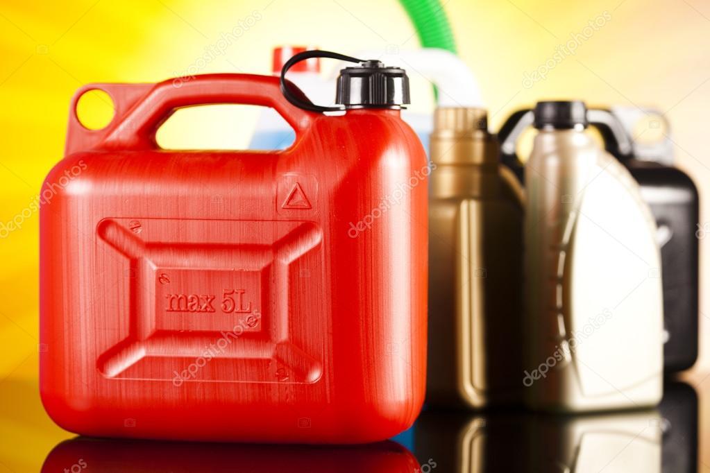 Chemisch Toilet Vloeistof : Vloeistoffen voor auto u2014 stockfoto © janpietruszka #57338621