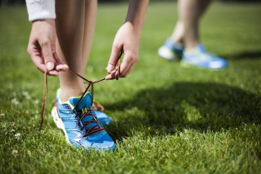 women preparing to jogging