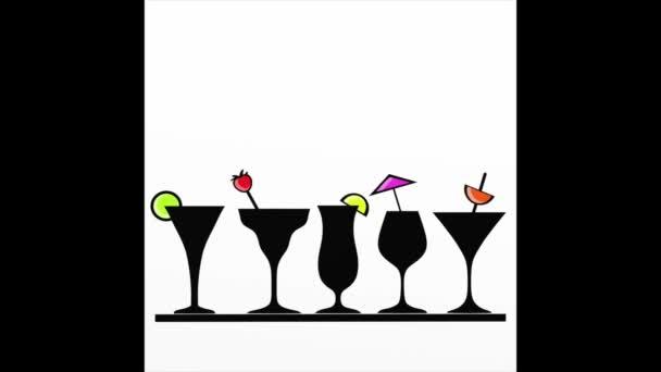 farbige Gläser für cocktails