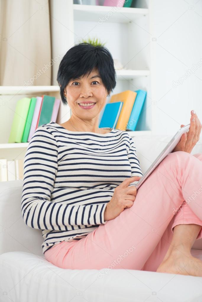 Ебется девки азии онлайн мамки тоже