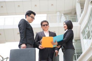 Asian busines team meeting