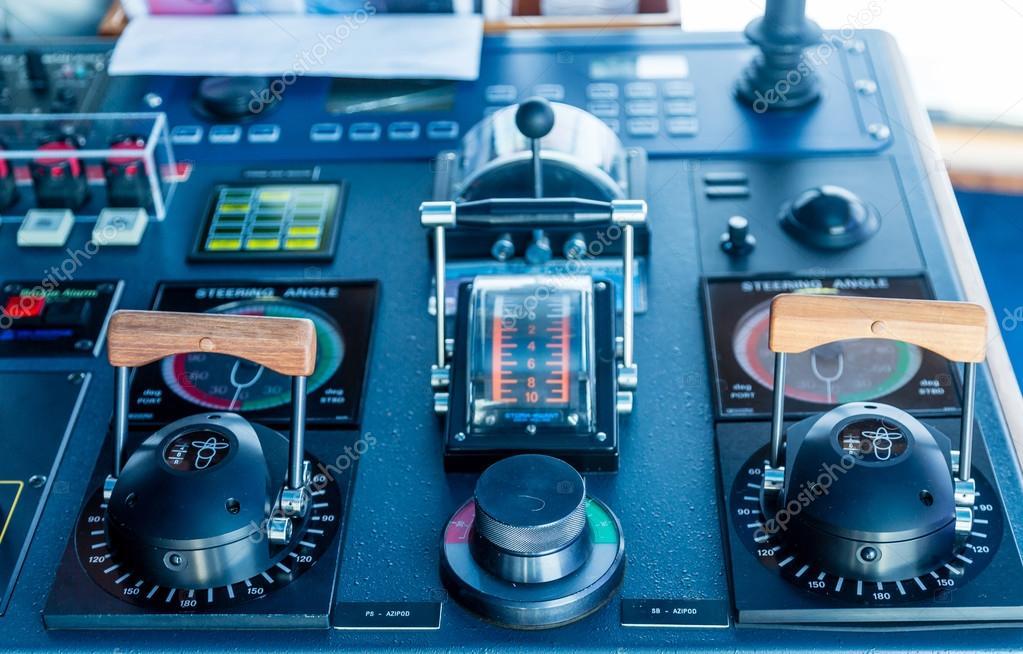 Azipod Controls On A Cruise Ship Stock Photo Dbvirago - Cruise ship controls