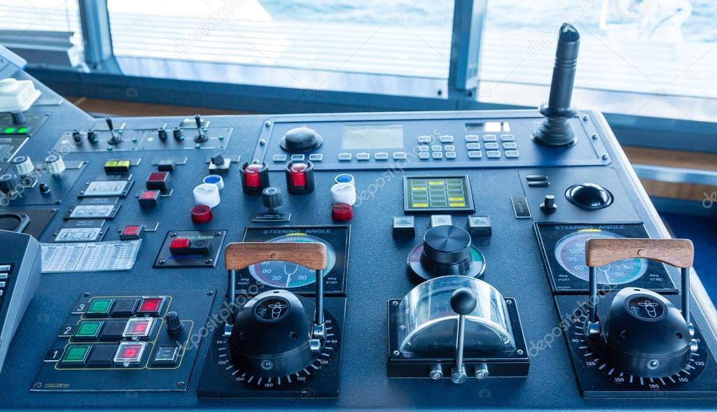 Steering Angles Controls Stock Photo Dbvirago - Cruise ship controls