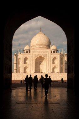 Taj mahal door arch view