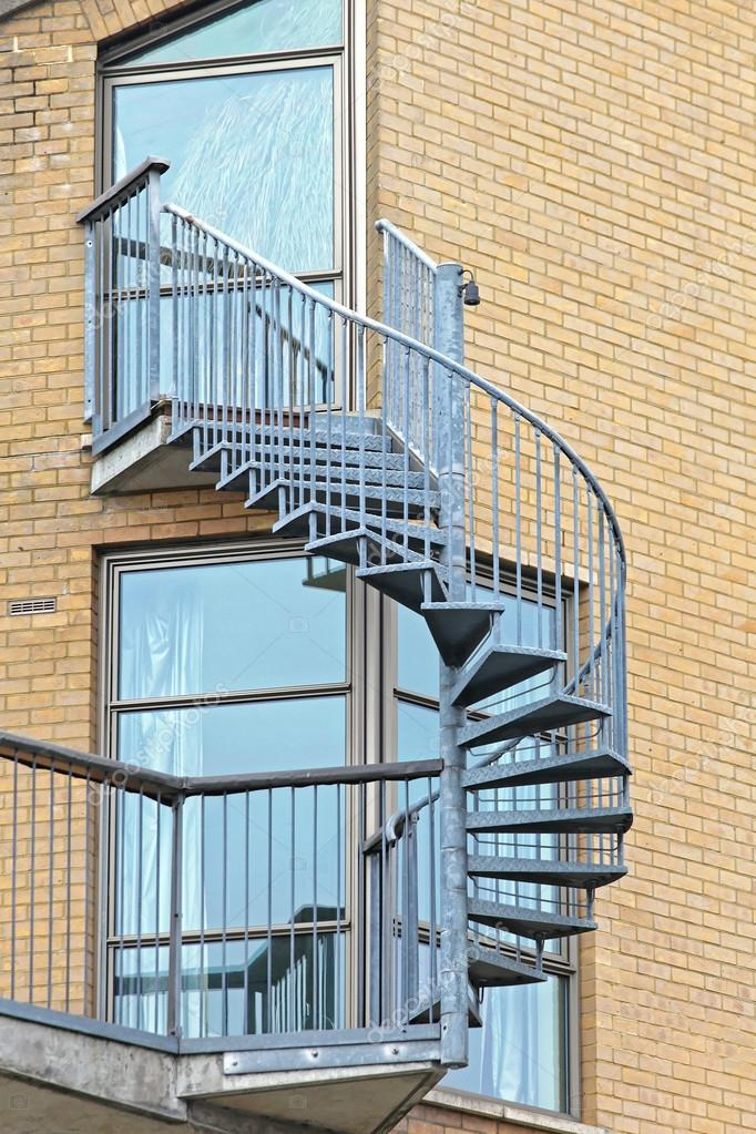 Exterior Spiral Staircase — Stock Photo © Baloncici #123707110