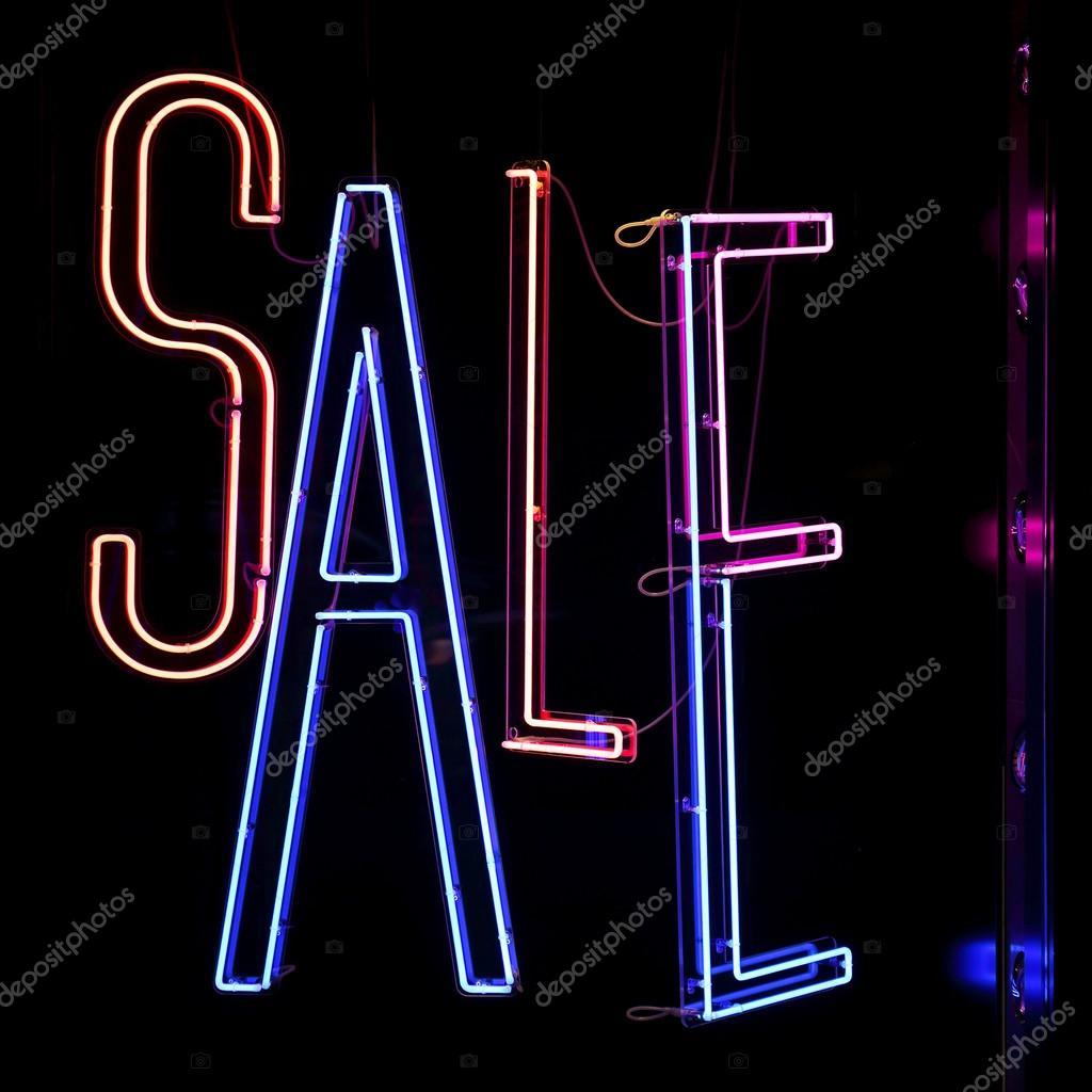 Verkoop Neon verlichting — Stockfoto © Baloncici #98432088