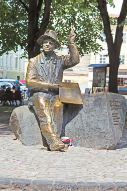 Monument of naive painter Nikifor Epifaniusz Drowniak. The monument by sculptor Sergey Oleshko was unveiled in 2006 to commemorate the 111th anniversary of painter