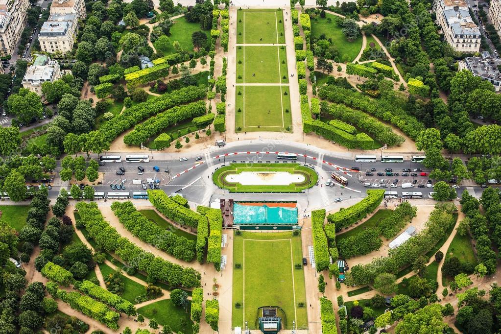 Blick von Paris. Jardin des Tuileries — Stockfoto © valio84sl #102285162