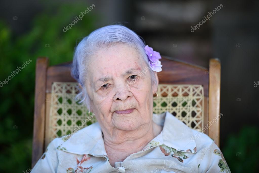 Бабушка буфера