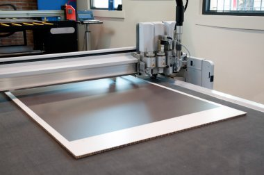 Flatbed cutter and router - cutting plotter