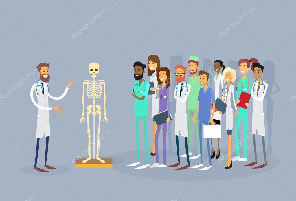 Grupo de médicos de médica personas pasante Conferencia cuerpo ...