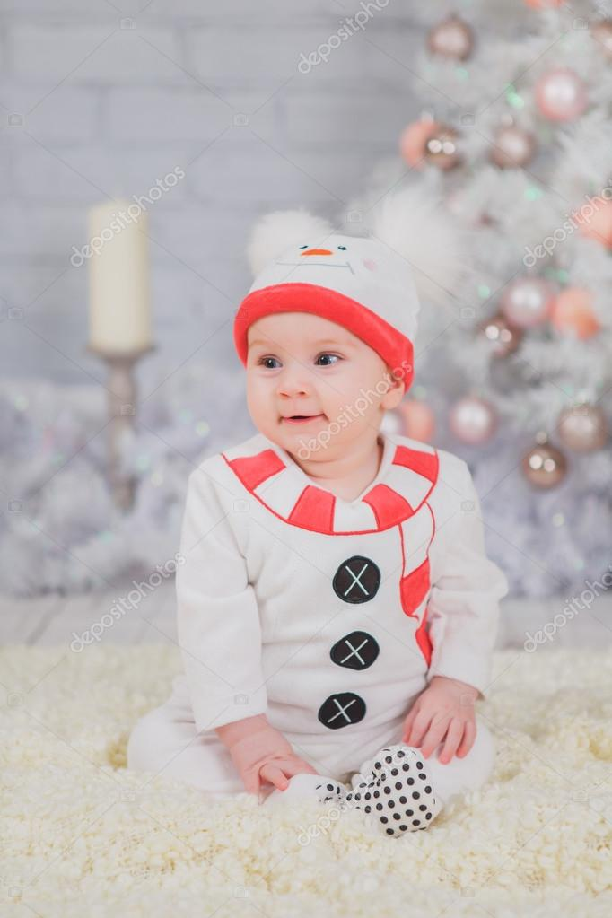 Toddler Christmas Tree Costume.Kid In The Costume Of The Snowman From White Christmas Tree